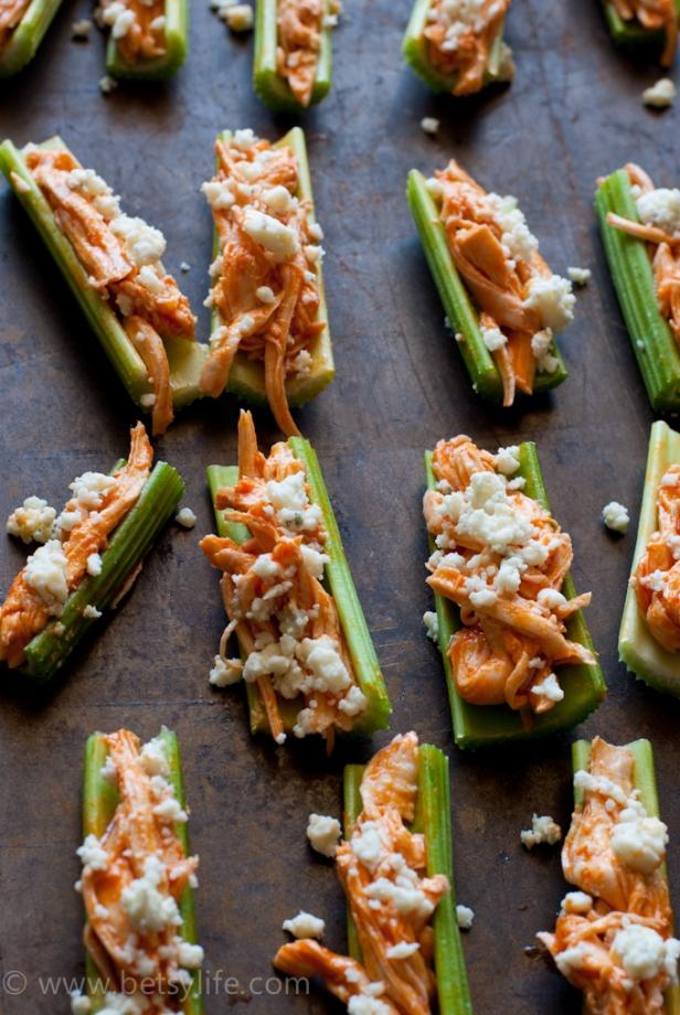 buffalo-chicken-recipe-celery-appetizer-detail-2