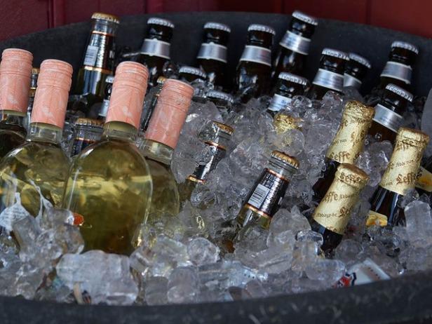 bottles-3402_640