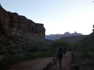 1-down-the-bright-angel-trail-11