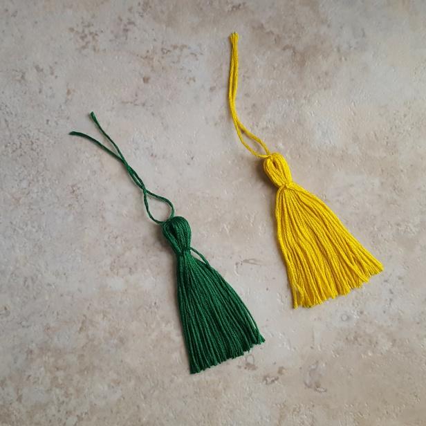 11-1-green-1-yellow