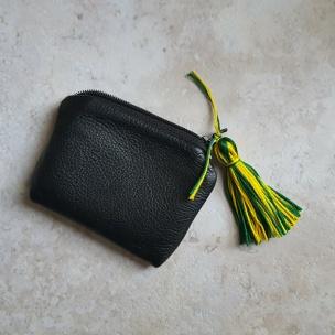 Team spirit tassel on a coin purse