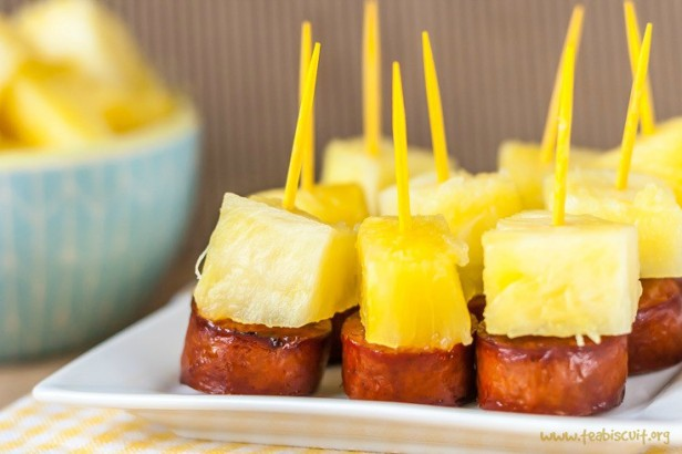 SAUSAGE AND PINEAPPLE APPETIZER